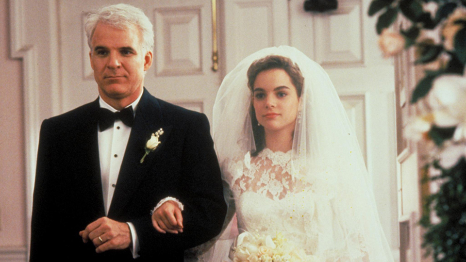 still-of-steve-martin-and-kimberly-williams-paisley-in-father-of-the-bride-1991-large-picture