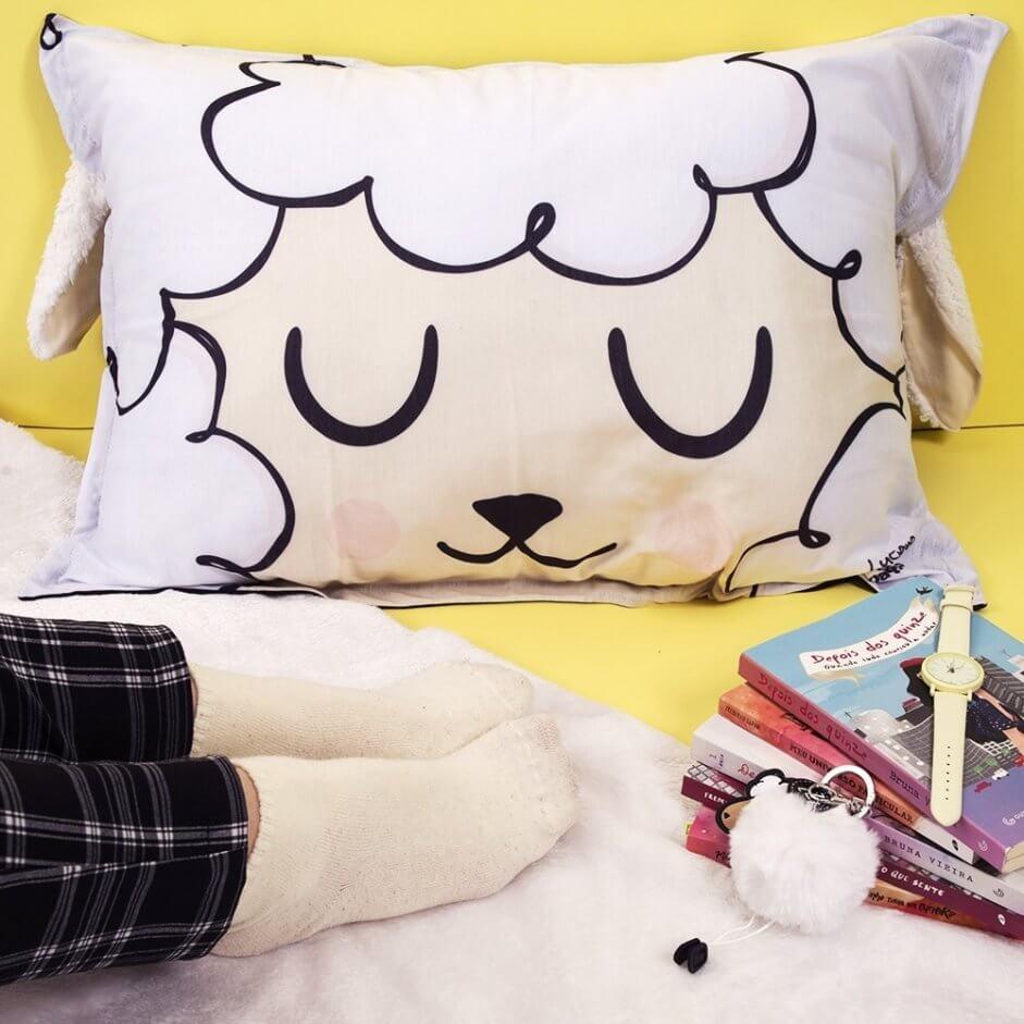 Travesseiro com estampa de ovelha